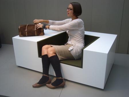 kneller的多功能椅子设计