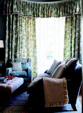 家居窗帘布置牵扯窗边的风景