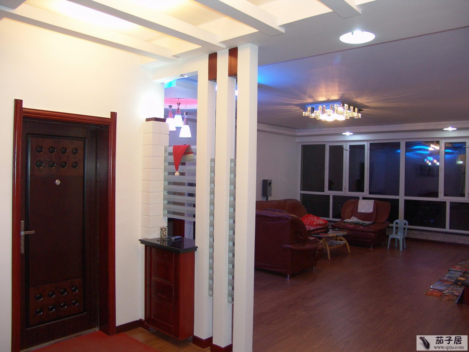 玄关装饰柜效果图 进门玄关柜效果图 新中式玄关柜效果图